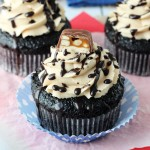 Snickers_Cupcakes2